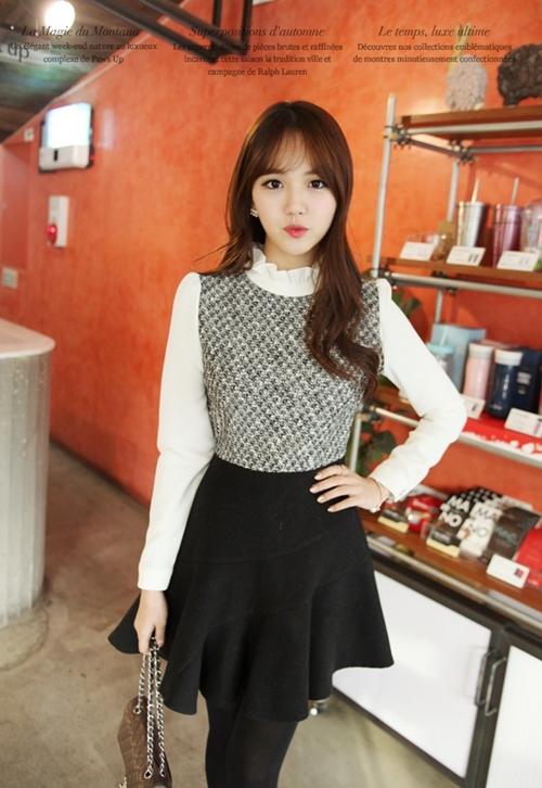 Những mẫu váy công sở trắng đen dễ mặc nhất - 9