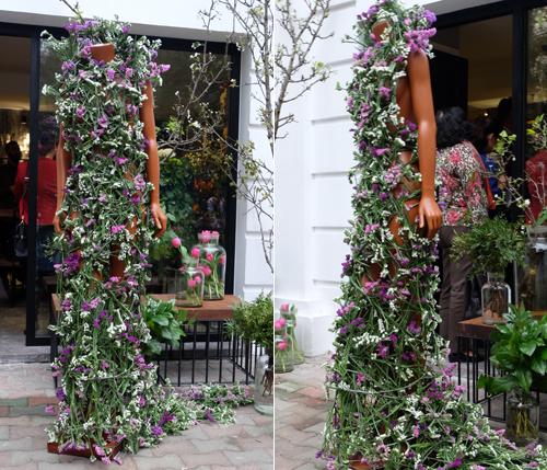 Chiếc váy kết từ hoa salem tại Hà Nội - 1