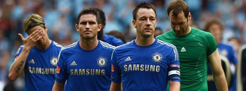 """HLV Mourinho công khai giữ Terry, """"đuổi"""" Petr Cech - 2"""