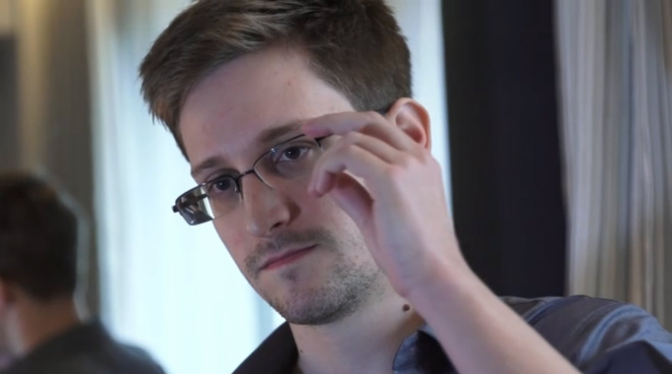 Edward Snowden muốn trở về Mỹ chịu tội - 1