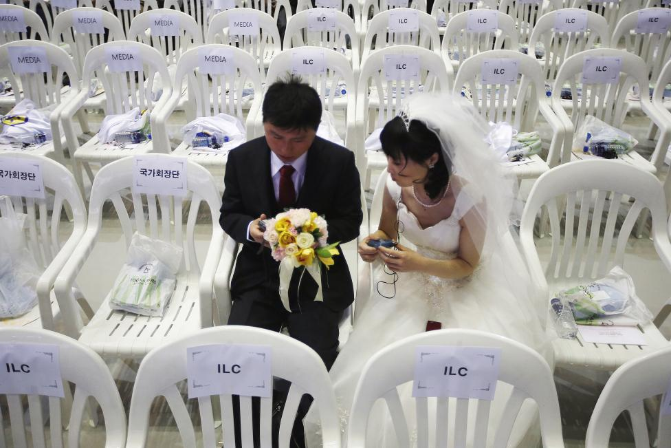 3.800 cặp đôi trên thế giới đổ về Hàn Quốc cưới tập thể - 9