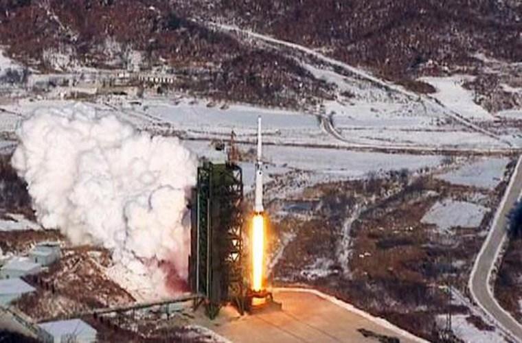 Triều Tiên: 14 phi công hy sinh khi phóng tên lửa - 2