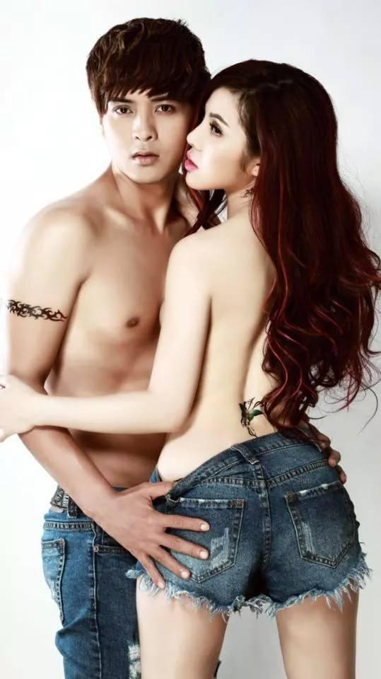 """Hồ Quang Hiếu gây sốt vì ảnh nóng bỏng với """"bạn gái"""" - 2"""