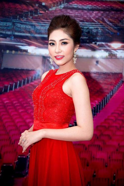 """5 nàng """"Lọ Lem"""" hóa công chúa của showbiz Việt - 9"""