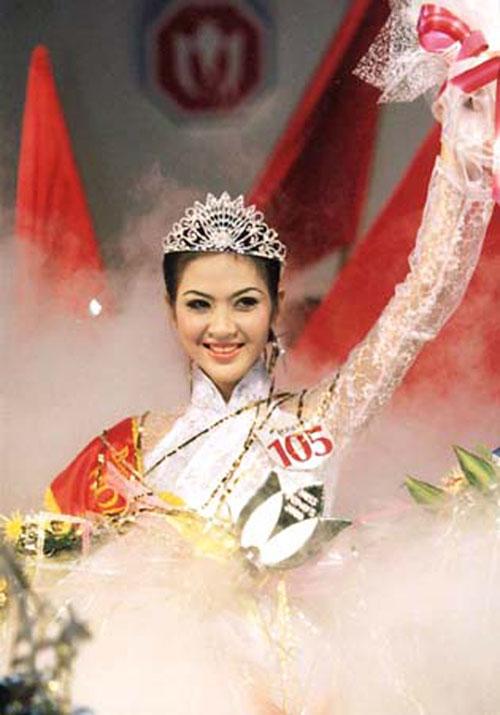 """5 nàng """"Lọ Lem"""" hóa công chúa của showbiz Việt - 5"""