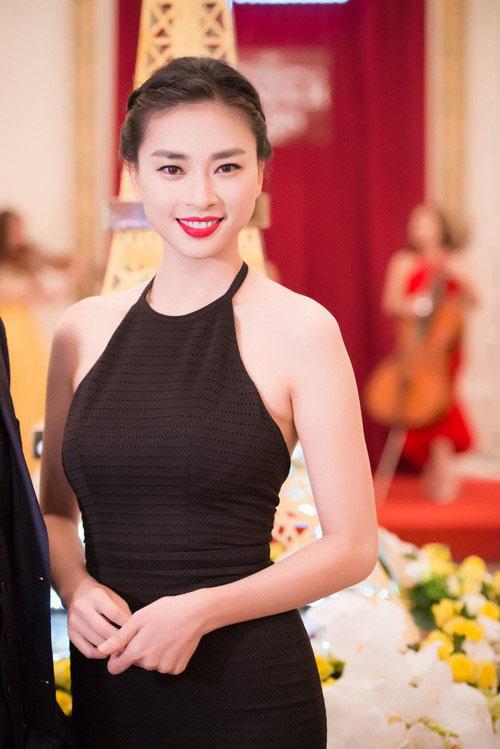 """5 nàng """"Lọ Lem"""" hóa công chúa của showbiz Việt - 7"""