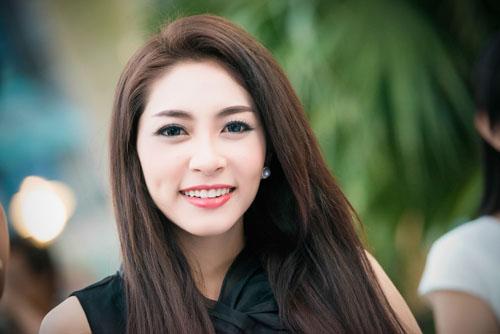 """5 nàng """"Lọ Lem"""" hóa công chúa của showbiz Việt - 10"""