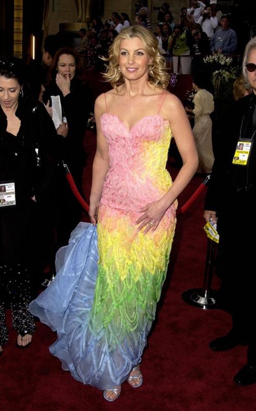 20 bộ váy gây tranh cãi trên thảm đỏ lịch sử Oscar - 2