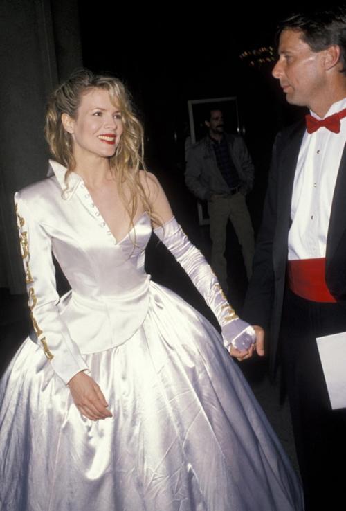 20 bộ váy gây tranh cãi trên thảm đỏ lịch sử Oscar - 3