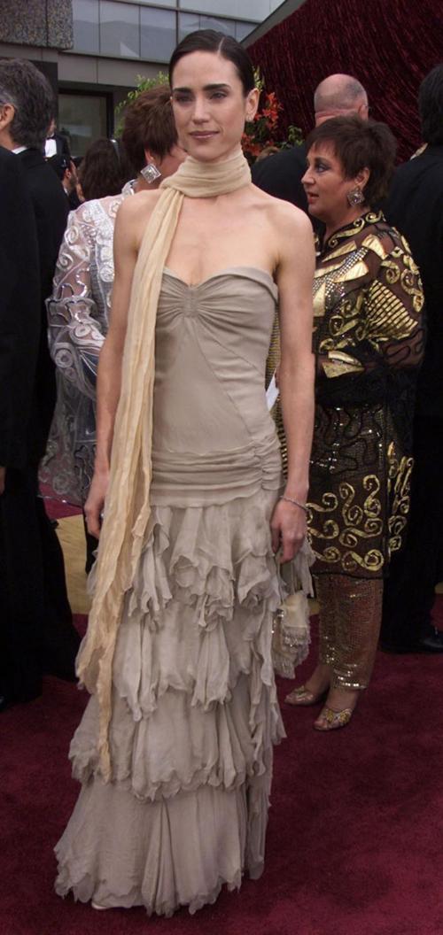 20 bộ váy gây tranh cãi trên thảm đỏ lịch sử Oscar - 1