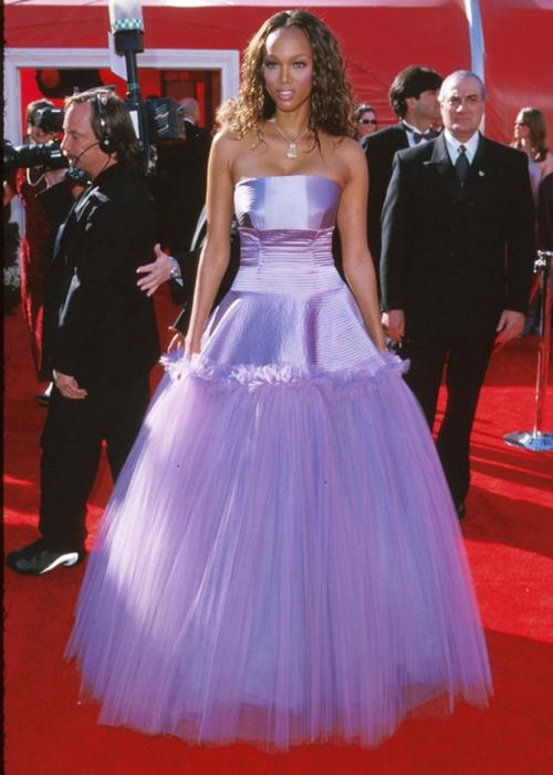 20 bộ váy gây tranh cãi trên thảm đỏ lịch sử Oscar - 4
