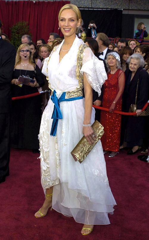 20 bộ váy gây tranh cãi trên thảm đỏ lịch sử Oscar - 10
