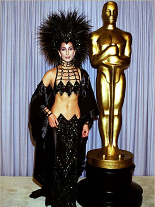 20 bộ váy gây tranh cãi trên thảm đỏ lịch sử Oscar - 20
