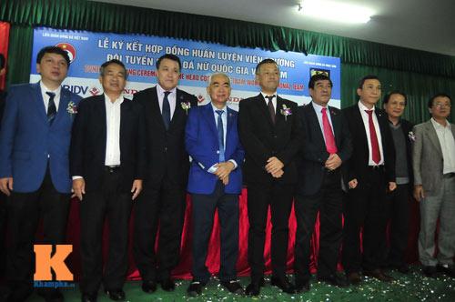 HLV Nhật Bản muốn nâng tầm đội tuyển nữ Việt Nam - 2
