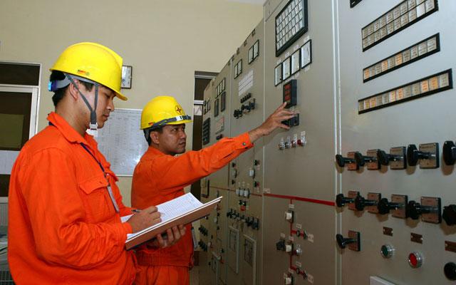 Mức tăng giá điện EVN đề xuất quá cao - 1