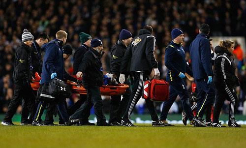 Đứng tim vì sao Premier League tự đổ gục trên sân - 3
