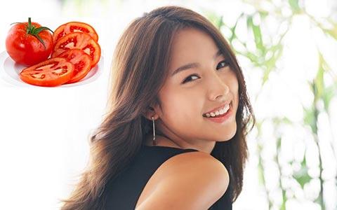Giúp làn da đẹp rạng rỡ với mặt nạ cà chua