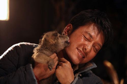 """Khám phá đoàn phim """"sống chung"""" với 35 chú sói - 8"""