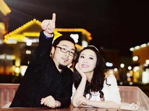 Fan Hoa xót thương vợ chồng ca sỹ qua đời vì tai nạn GT - 1