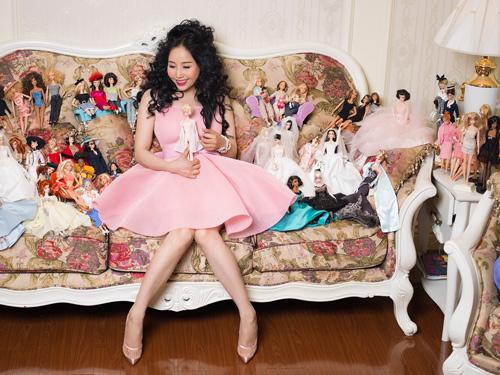 39 tuổi vẫn mê sưu tập và mặc đồ barbie - 10