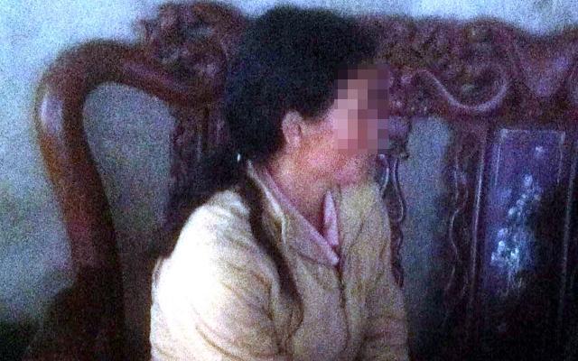Bé gái chết lõa thể, bị nhiều vết chém ở ngôi nhà vắng - 1