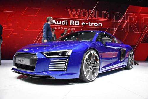 Audi R8 2015 bảnh chọe tại Geneva - 1