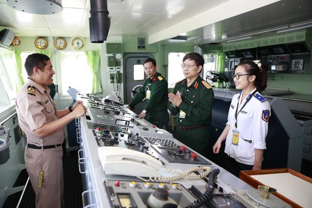 Gặp gỡ nữ thiếu úy xinh đẹp của Cảnh sát biển VN - 2