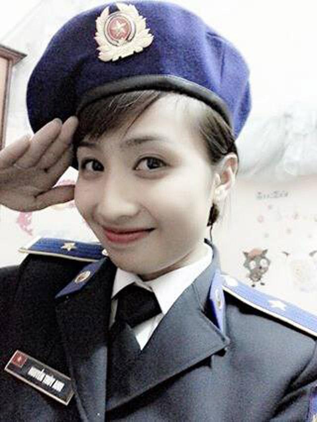 Gặp gỡ nữ thiếu úy xinh đẹp của Cảnh sát biển VN - 12