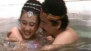 Choáng với cảnh táo bạo trong phim về Đát Kỷ năm 1990