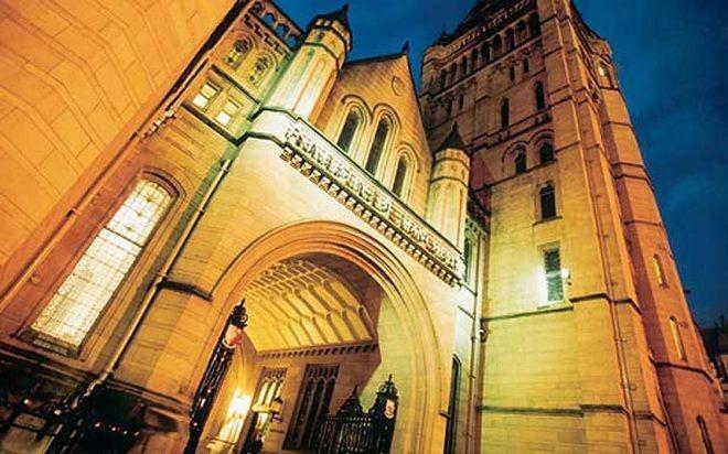Các trường đại học chơi nhiều, học giỏi ở Anh - 2