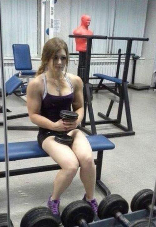 Cô gái Nga xinh như thiên thần có cơ bắp cuồn cuộn - 7