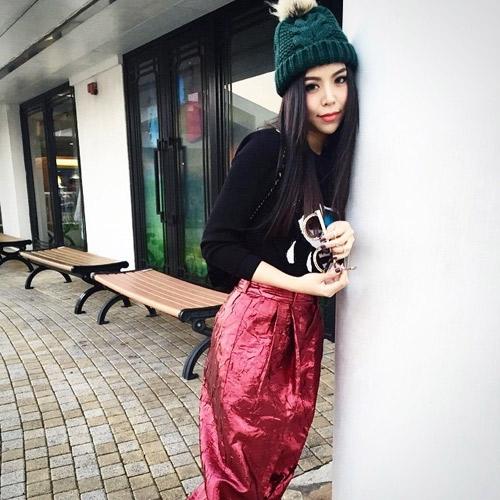 """Nữ ca sĩ Thái Lan rũ sạch vẻ nam tính nhờ """"dao kéo"""" - 6"""