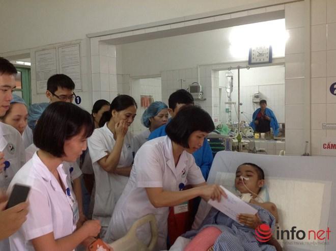 Nữ bác sĩ hồi sức cấp cứu và những đêm trực dài bất tận - 2