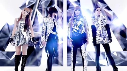 Top 5 MV Kpop dành riêng cho phái đẹp - 4