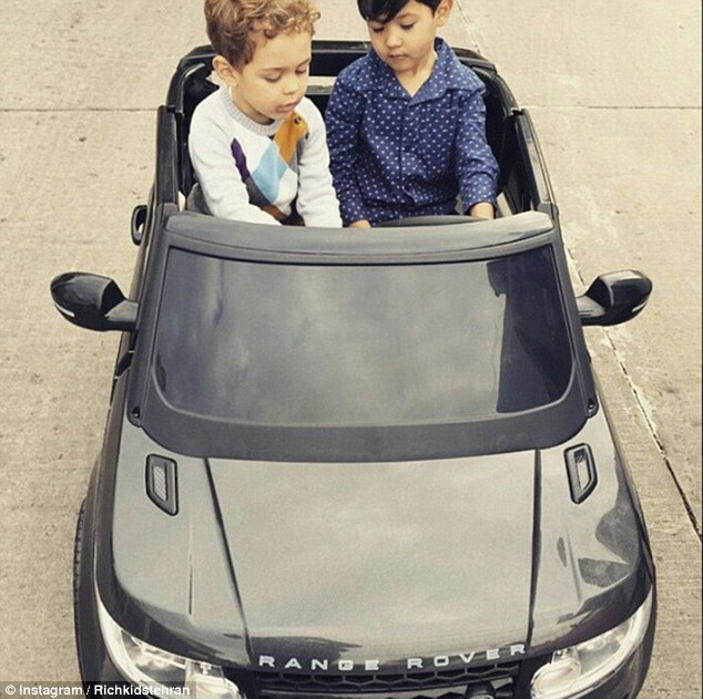 Bố mẹ lợi dụng con trẻ để khoe mẽ sự giàu có - 7