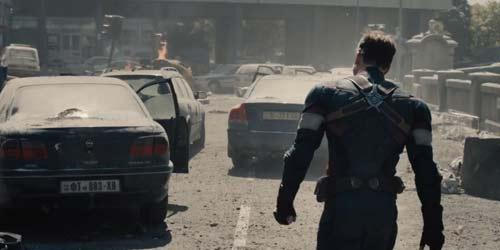 """Trailer """"Avenger 2"""" hé lộ kẻ thù của biệt đội siêu anh hùng - 9"""
