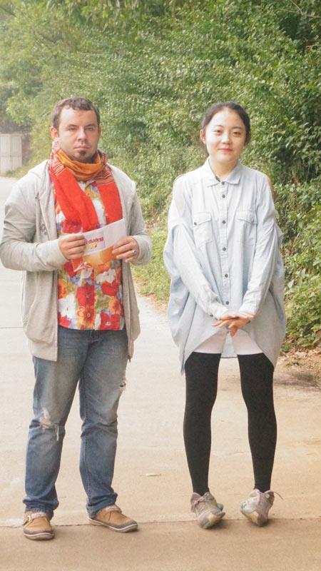 David Phạm – Quang Hòa trổ tài nấu bếp bằng mùn cưa - 5