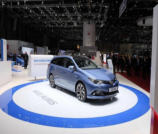 Ngắm siêu phẩm Toyota Auris tại Geneva Motor Show - 1