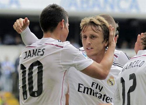 Real sa sút: Trong nỗi nhớ Modric, James Rodriguez - 1