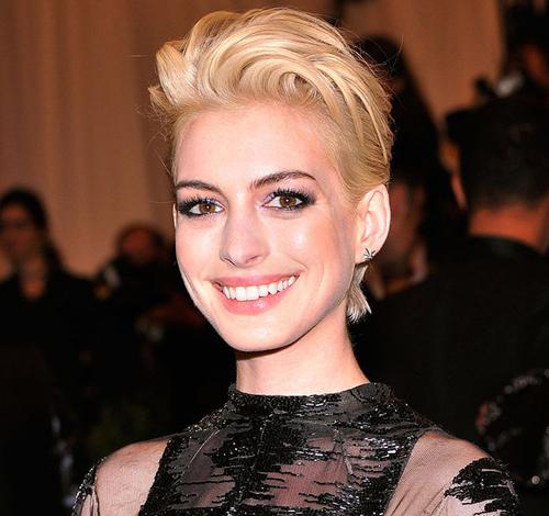 9 mỹ nhân Hollywood xuống sắc với mái tóc vàng hoe - 3