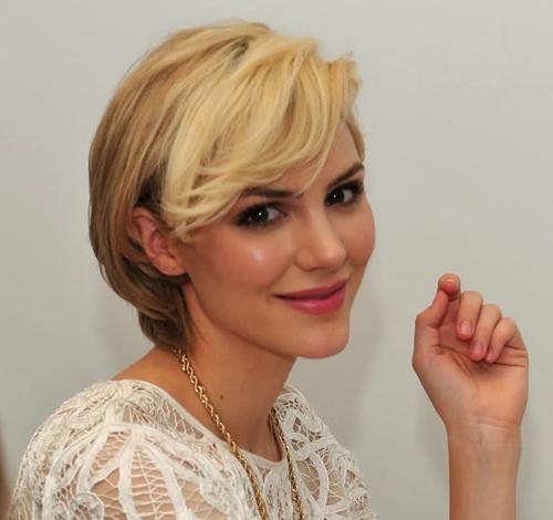 9 mỹ nhân Hollywood xuống sắc với mái tóc vàng hoe - 6