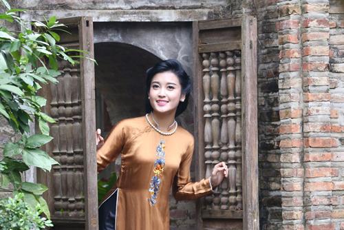 """Á hậu Huyền My """"hóa"""" thiếu nữ Hà Nội xưa - 3"""