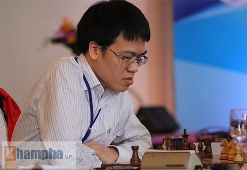 Cờ vua: Quang Liêm thắng ván đầu ở vòng loại World Cup - 1