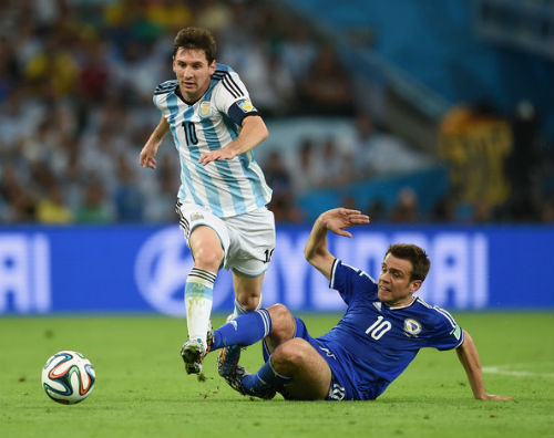 Khám phá bí mật giúp Messi rê bóng tuyệt đỉnh - 2