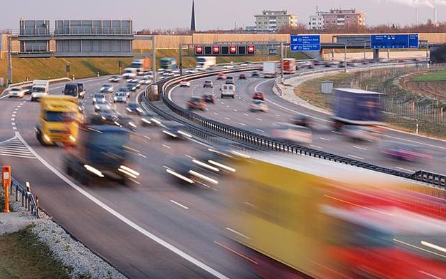 Những luật lệ lái xe kỳ quặc nhất thế giới - 2