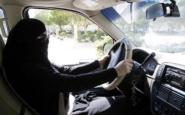 Những luật lệ lái xe kỳ quặc nhất thế giới - 3
