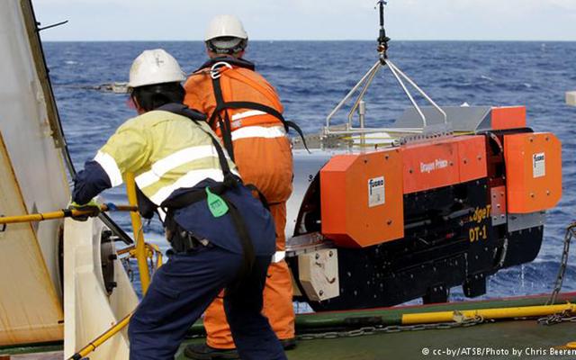 Ảnh: Toàn cảnh 1 năm ngày MH370 mất tích (Kỳ 2) - 11
