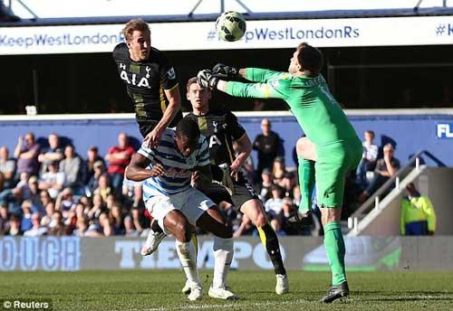 """QPR – Tottenham: """"Sát thủ"""" rực sáng - 1"""