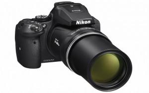 Cận cảnh máy ảnh siêu zoom Nikon Coolpix P900