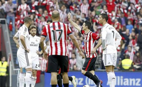 """Ancelotti thừa nhận Real chơi """"nghèo nàn"""" - 1"""